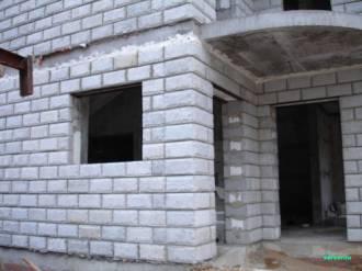Кладка стен из керамзитобетонного блока