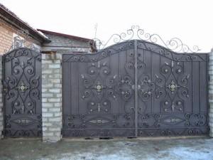Ворота из художественной ковки